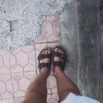Sandal Kasual Pria Kulit